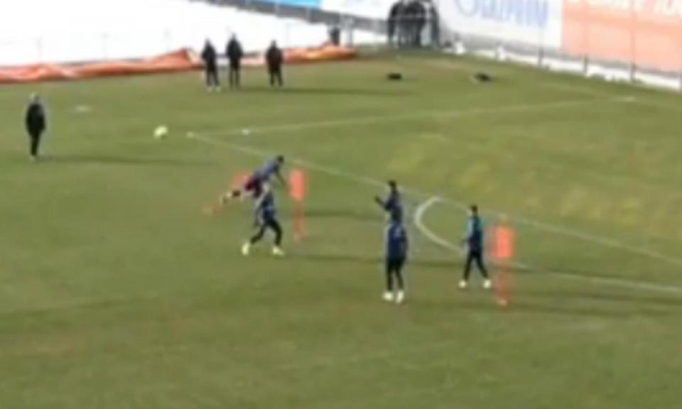 VÍDEO: jogador do Zenit candidato a queda do ano num treino