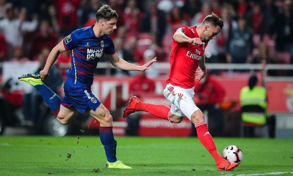 Liga: Seferovic considerado o melhor avançado do mês