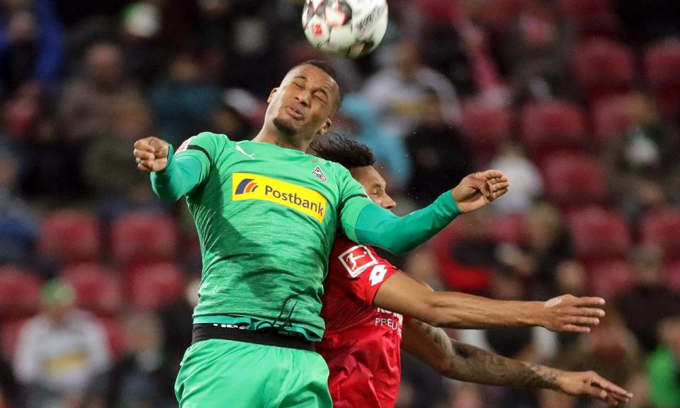 B. Monchengladbach tropeça na luta pela Champions com empate em casa