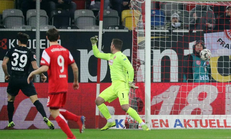 VÍDEO: calhou o Benfica ao Eintracht e Paciência e Jovic reagiram assim