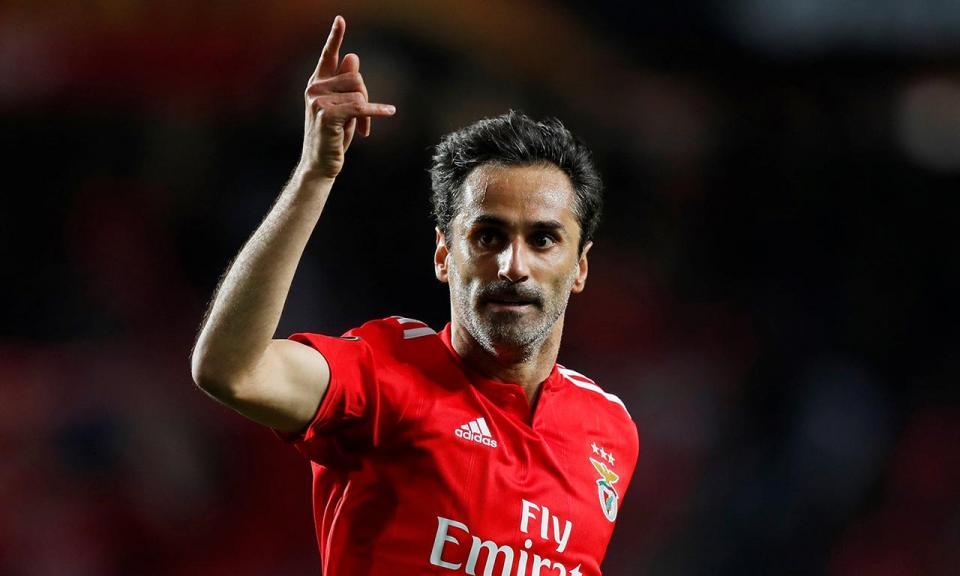 Benfica: Jonas falha primeira mão dos «quartos» da Liga Europa