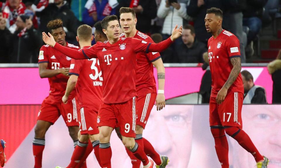 Bayern sobrevive a apagão de dois minutos e está na final da Taça