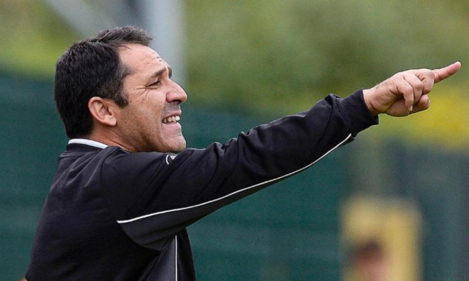 Um caso raro: AD Oliveirense parte para o quinto treinador da época