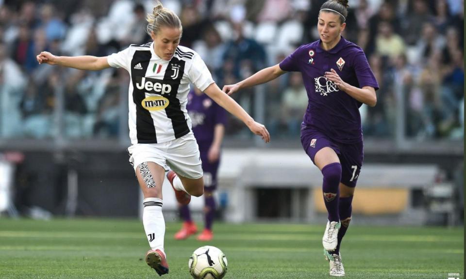 VÍDEO: quase quarenta mil a ver futebol feminino em Itália
