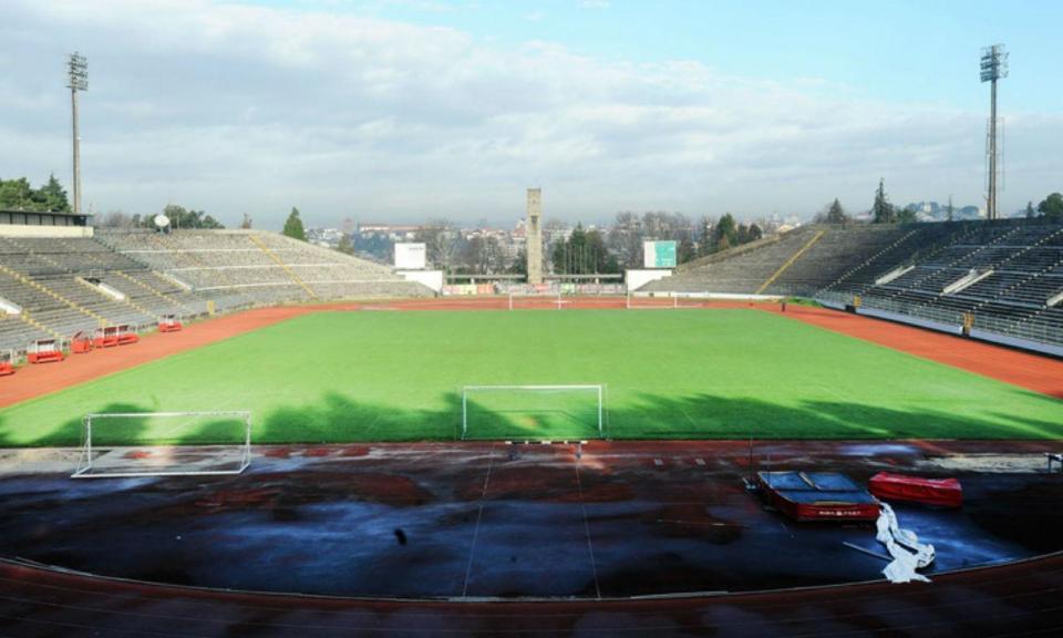 Abril, o mês que (também) mudou a história de estádios de futebol