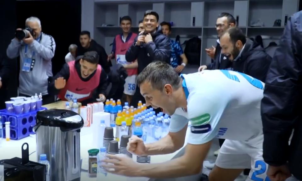 VÍDEO: Zenit marca aos 90+5 e festeja com sabor a título