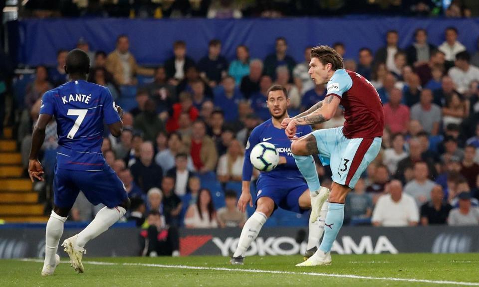 Chelsea desperdiça na luta da Champions após 16 minutos loucos