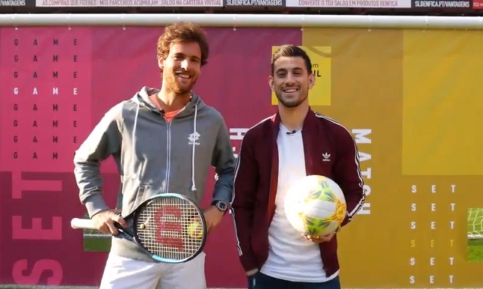 VÍDEO: João Sousa e Pizzi frente a frente na Luz, quem vence?