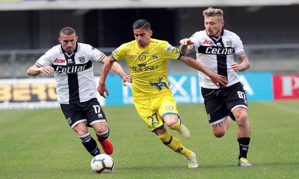 Itália: Parma de Bruno Alves empata com o despromovido Chievo