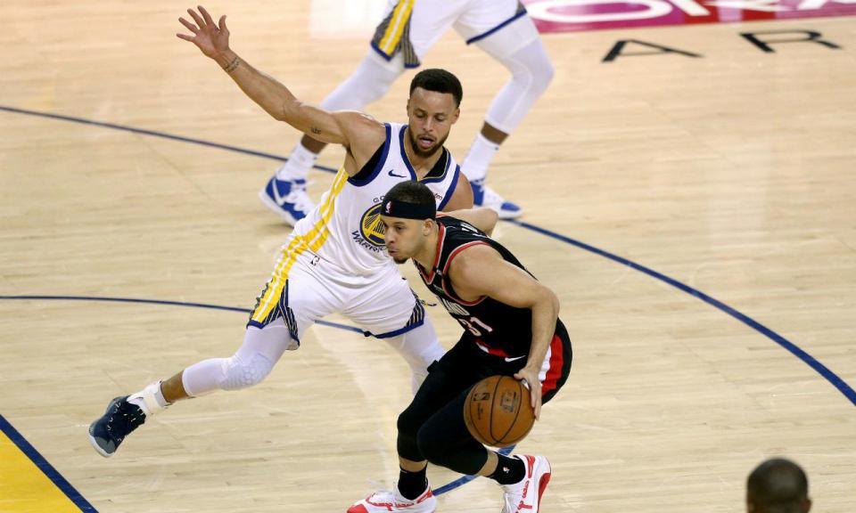NBA: Stephen leva a melhor sobre o irmão e Warriors adiantam-se na final