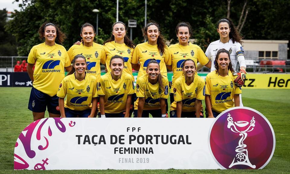 Futebol feminino: treinadora lamenta terem impedido entrada da filha no Jamor