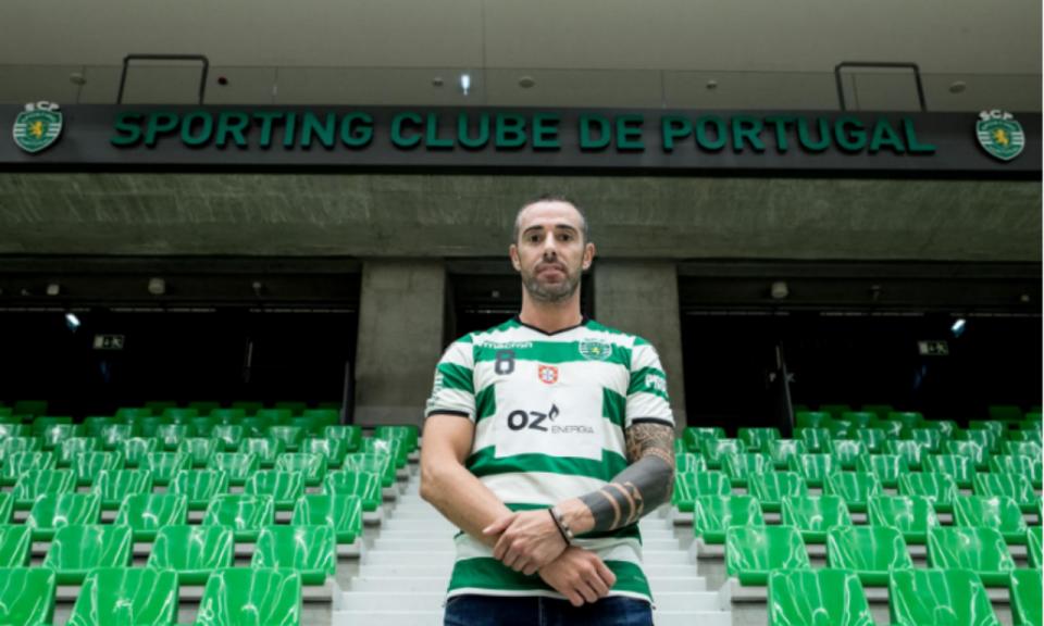 Hóquei: Sporting anuncia renovação com Caio