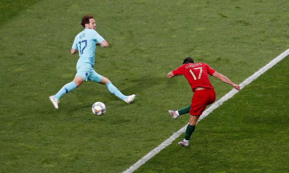 VÍDEO: o golo de Guedes que garantiu a vitória da Seleção