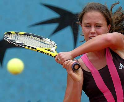 Ténis: Michelle Brito afastada do torneio de Indian Wells