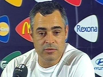 José Couceiro autorizado a negociar com Gazientespor