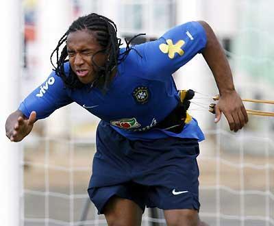 Brasil: Anderson lesiona-se e é dúvida para o F.C. Porto