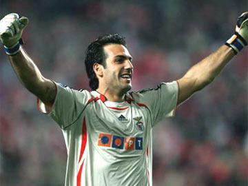Moretto está de volta para defender baliza do Olhanense