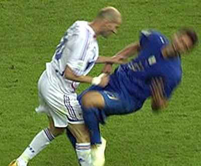 Zidane «preferia morrer» a pedir perdão a Materazzi