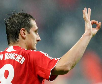 Bayern confirma Klose como treinador dos sub-17