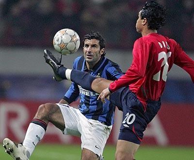 Figo: «Cristiano Ronaldo deve deixar o Manchester United»