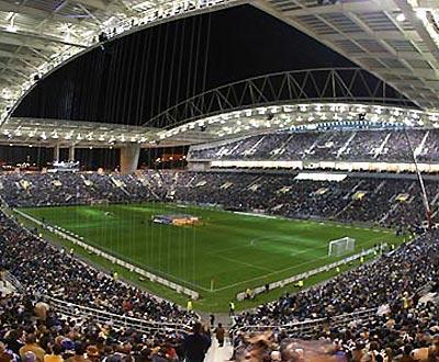 F.C. Porto: restam cinco mil bilhetes para o ManUtd