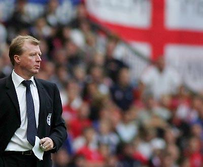 Oficial: Queens Park Rangers demite Steve McClaren