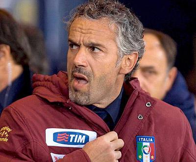 Itália: Donadoni trava Milan na estreia no San Paolo