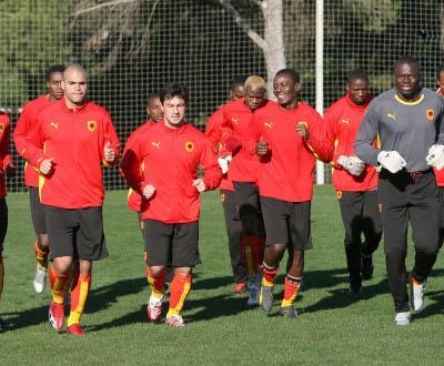 Angola, com Mantorras, perde com Cabo Verde no Algarve