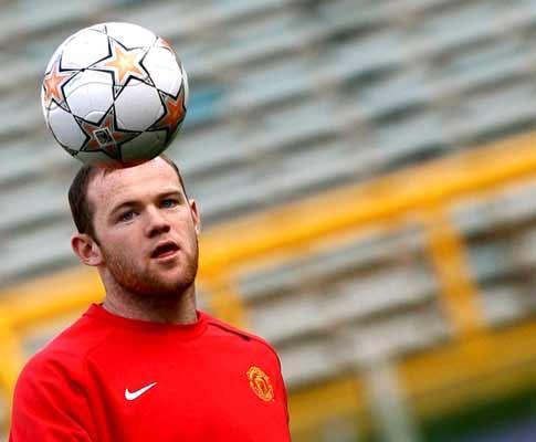 Inglaterra: Capello «puxa as orelhas» a Rooney com humor