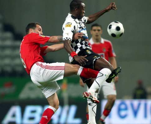 Fran Escribá (Benfica): «A equipa foi melhorando»